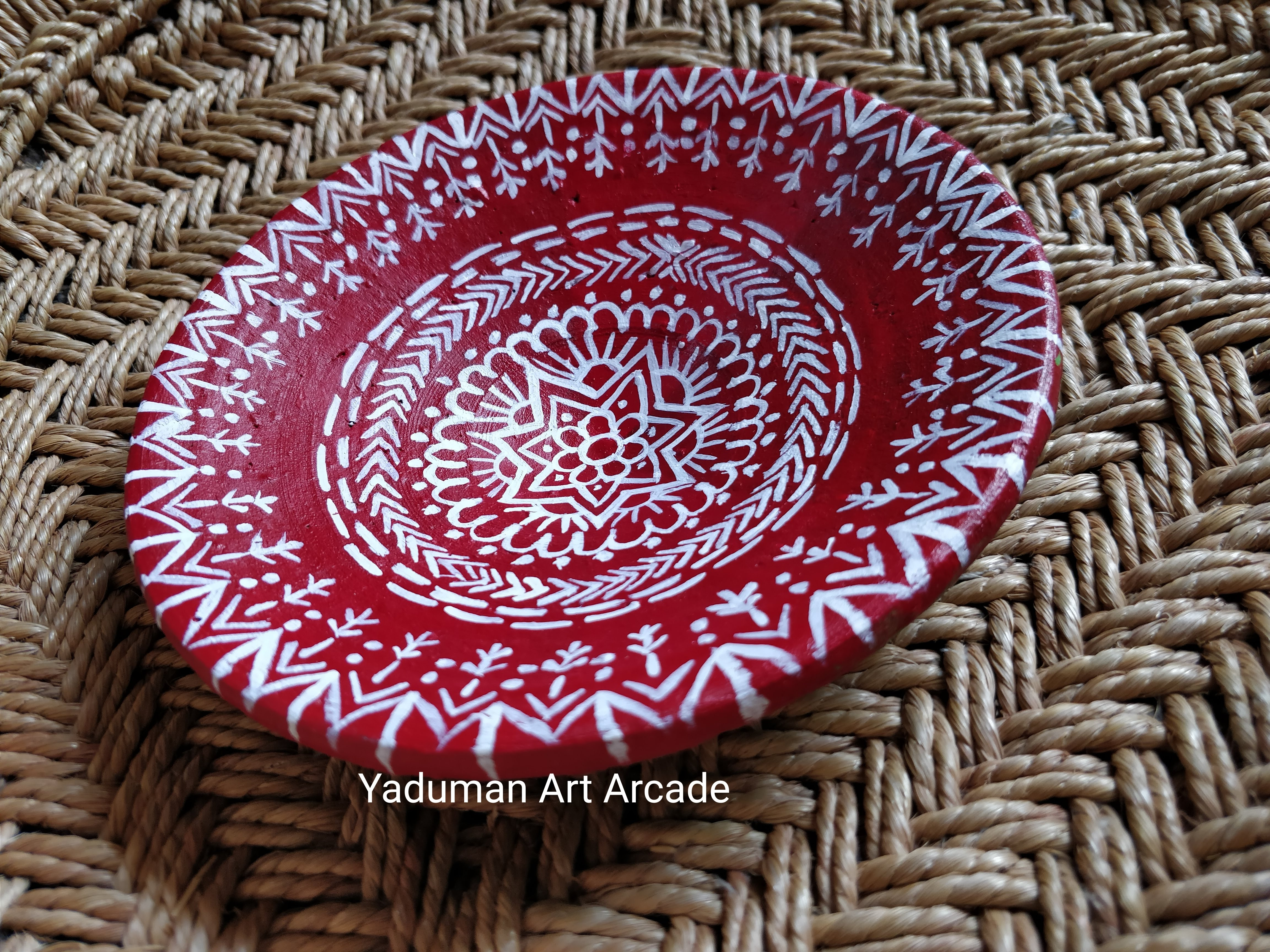 Aipan inspired wall-plate