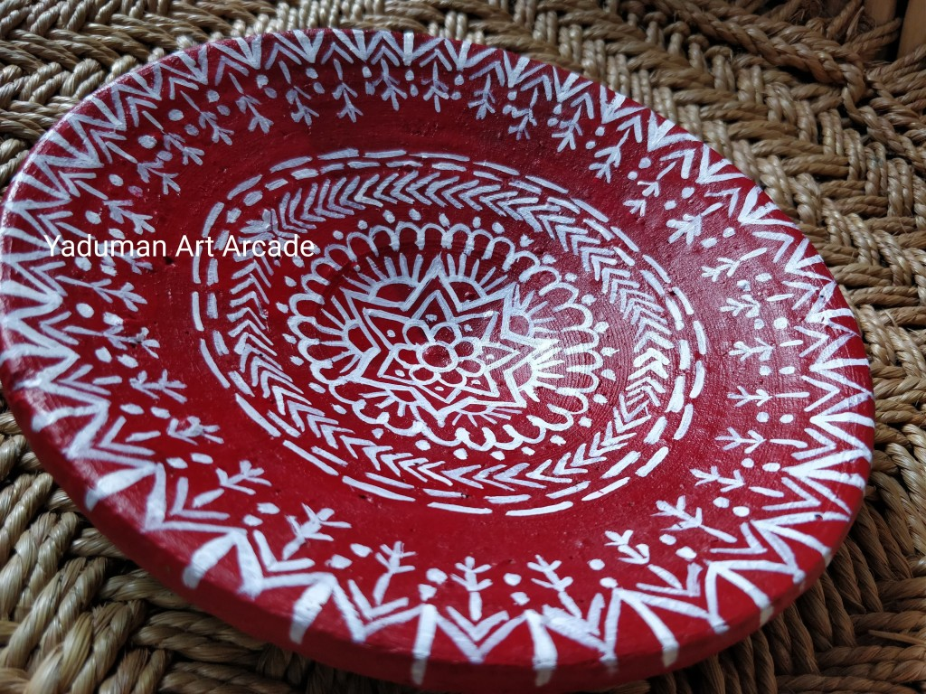Aipan inspired wall plate